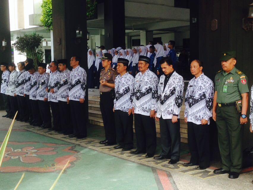 Kapolresta Banjarmasin Hadiri Upacara Hari Guru Nasional di Kota Banjarmasin