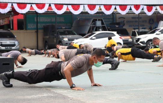 Olahraga Bersama, Personel Polresta Banjarmasin Diharapkan Tampil Prima