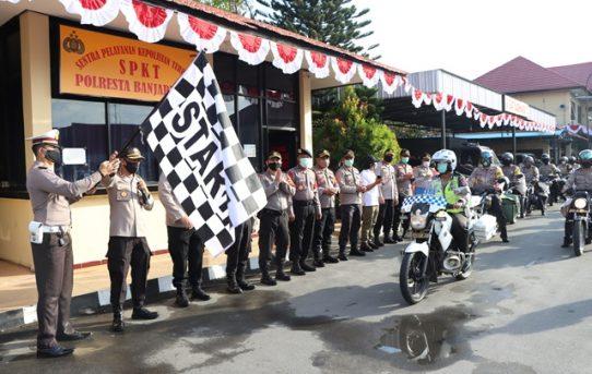 Dua Satuan Polresta Banjarmasin Sebarkan Bantuan