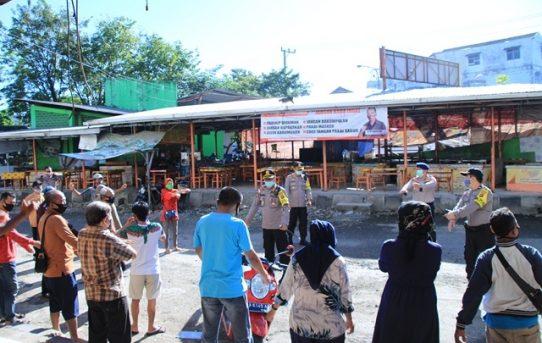 Kapolresta Banjarmasin Sambangi Pasar Tradisional Ajak Pedagang Berjemur dan Senam Bersama