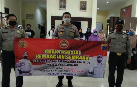 Semarakan Hari Bhayangkara Ke-74, Polsek KPL Banjarmasin Gelar Bhakti Sosial
