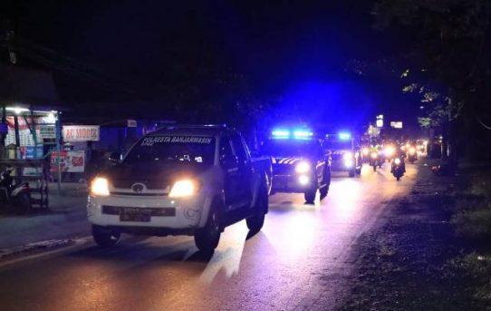 Jaga Kondusifitas Malam Hari Raya, Personel Gabungan di Banjarmasin Gelar Patroli