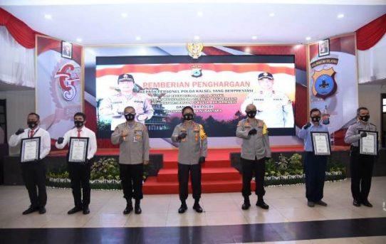 44 Personel Ukir Prestasi, Kapolda Kalsel Berikan Penghargaan