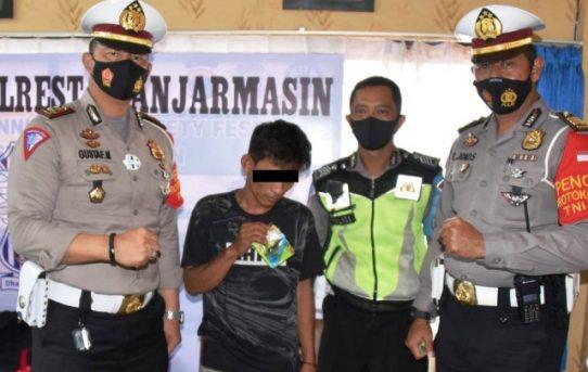 Melawan Arus Pria Bawa Sabu, Dibekuk Personel Sat Lantas Polresta Banjarmasin
