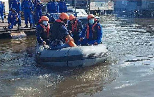 Waspada Bencana, Satuan Polair Polresta Banjarmasin Cek Peralatan
