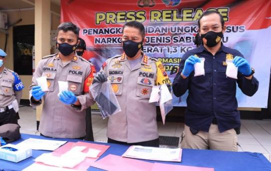 Polsek Banjarmasin Utara Gagalkan Peredaran 1,3 Kg Sabu Di Hari Pencoblosan