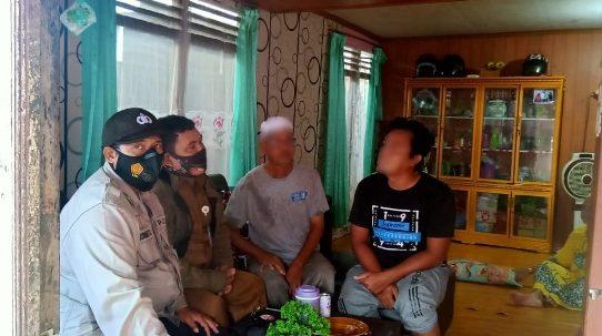 Perkara Atap Rumah, Bhabinkamtibmas Kelurahan Kuin Cerucuk Bantu Mediasi Warganya