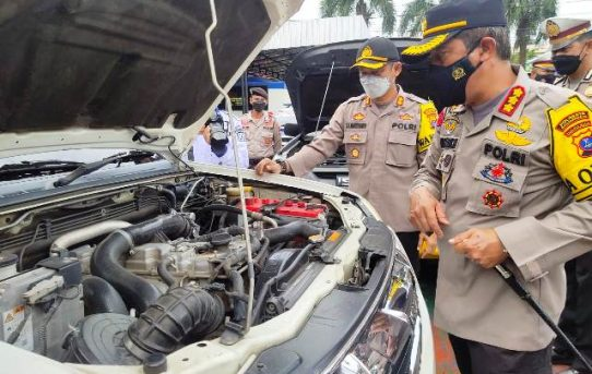Kapolresta Banjarmasin Periksa Ranmor Dinas Personel