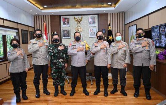Tim Pembekalan KKDN Pasis Dikreg XLVIII Sesko TNI TA.2021 Kunjungi Polda Kalsel