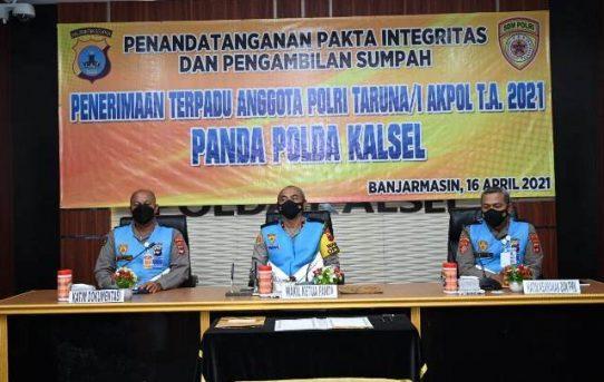 Wakapolda Kalsel Pimpin Pengambilan Sumpah dan Penandatanganan Pakta Integritas Peserta Seleksi Taruna Akpol TA.2021