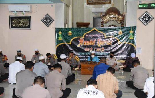 Peringatan Nuzulul Quran Di Polresta Banjarmasin, Kapolresta : Al-Quran Benteng Diri