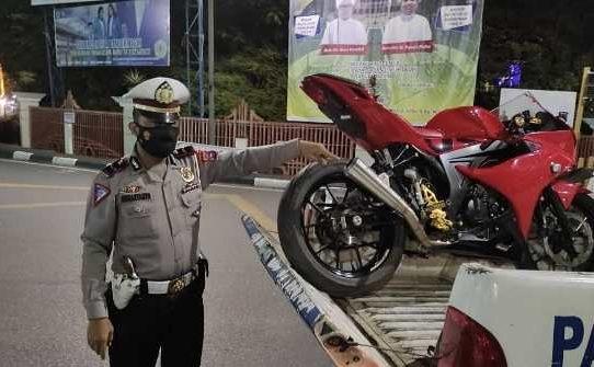 Sat Lantas Polresta Banjarmasin Kembali Tindak Knalpot Brong, Sebanyak 24 Unit Roda Dua Terjaring
