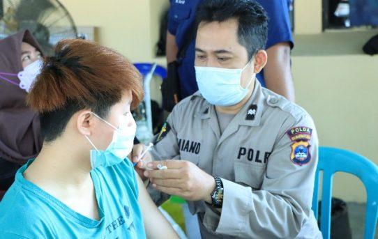 Polresta Banjarmasin Respons Vaksinasi, 157 Warga Suntik Vaksin Covid-19