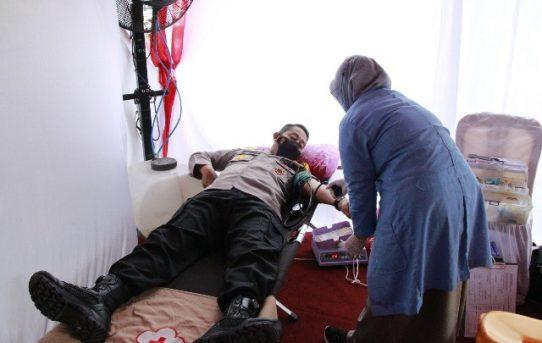 Sambut Hari Bhayangkara Ke-75, Polresta Banjarmasin Gelar Donor Darah