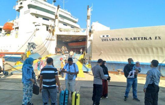 Terminal Pelabuhan Trisakti Banjarmasin Diperketat, Personel Gabungan Periksa Penumpang Kapal