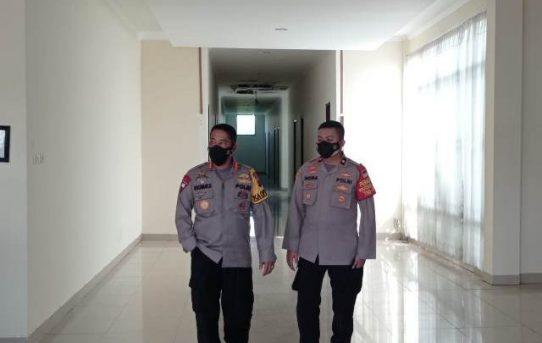 Cek Kesiapan Ruang Tampung Pasien Isolasi Mandiri, Kapolresta Banjarmasin Kunjungi BTIKP