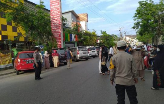 Bantu Panitia Masjid Awasi Prokes, Polresta Banjarmasin Hadirkan 220 Personel