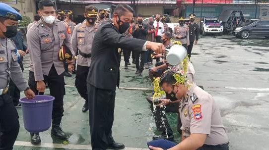 56 Personel Polresta Banjarmasin Naik Pangkat, Kapolresta: Jaga Amanah
