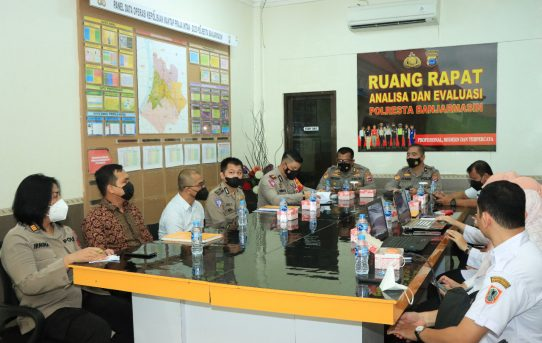 Evaluasi Pelayanan Publik, Polresta Banjarmasin Terima Kunjungan Biro Organisasi Setda Provinsi Kalsel dan Ro Rena Polda Kalsel